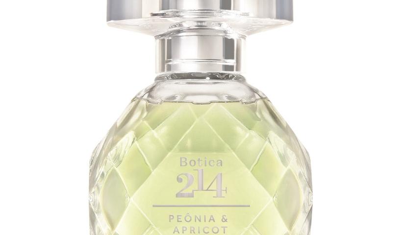 Botica 214, novidade do Boticário, valoriza a riqueza olfativa das flores