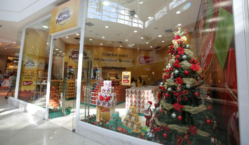 1757a9f4f60 Empório do Panettone Bauducco traz delícias para o Natal do RioMar ...