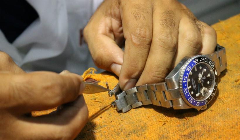 Na Horloge tem consertos de relógios e muito mais
