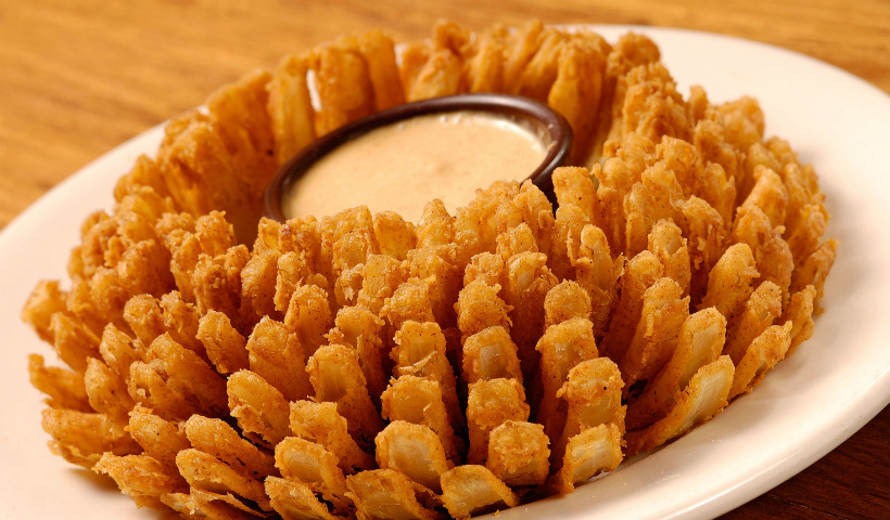 Outback oferece famosa Bloomin' Onion grátis durante a Aussie Week