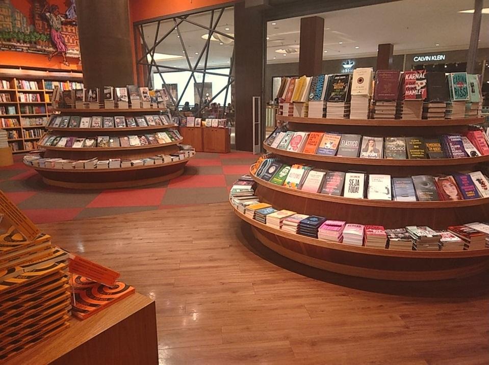 A literatura que transcende o tempo: do erudito ao popular