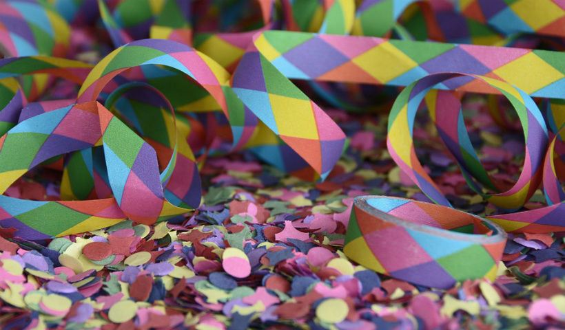 Confetes e Serpentinas para colorir ainda mais o Carnaval