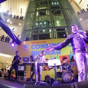 Adilson Ramos mostra por que é sucesso de público no RioMar
