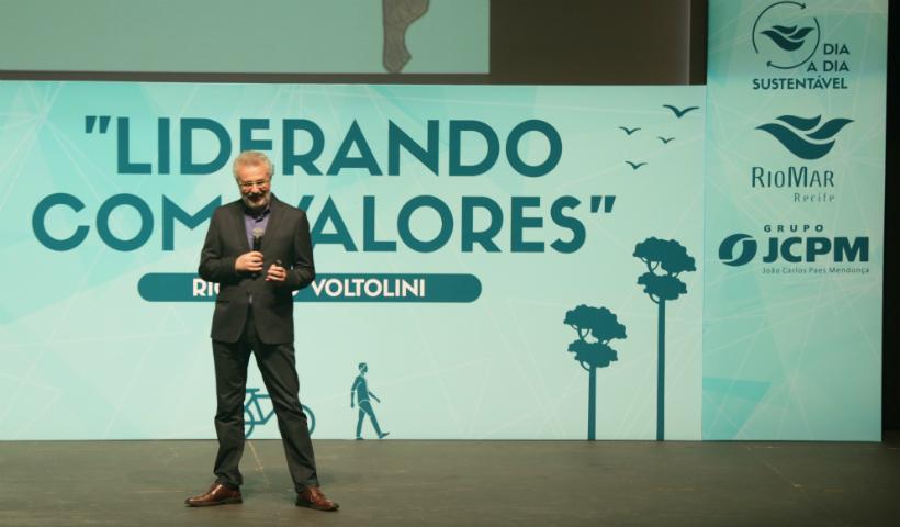 No RioMar, Ricardo Voltolini destaca liderança com sustentabilidade