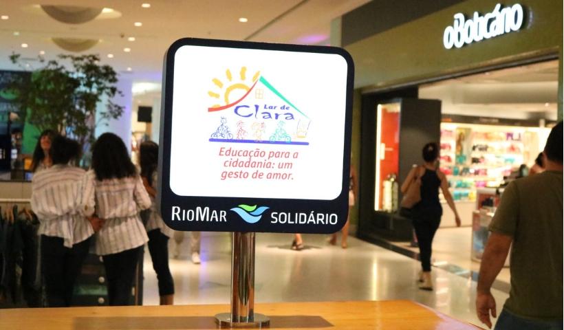 Lar de Clara chega ao Quiosque Solidário RioMar