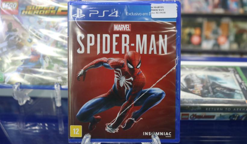 Super-heróis conquistam os games