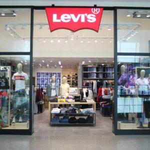 Levi's inaugura no RioMar com jeans cheios de tradição