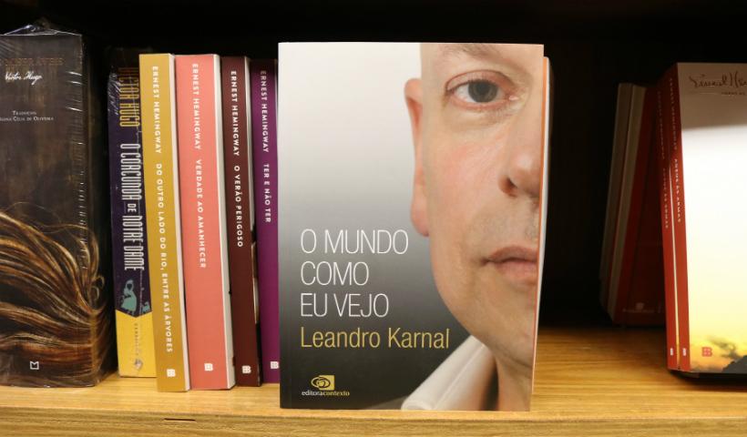 3 dicas de livros para começar a ler a obra de Leandro Karnal