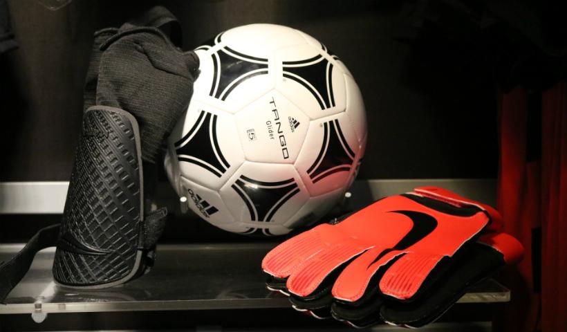 Monte o kit da pelada para marcar gols com estilo