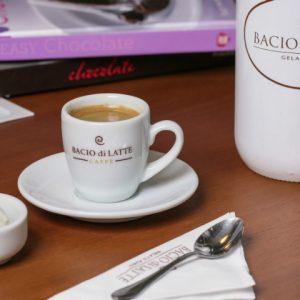 Sorvete combina com café? Na Bacio di Latte, sim