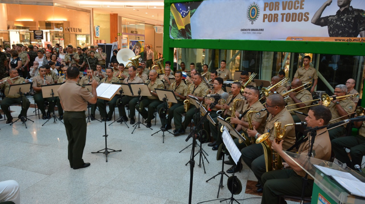 RioMar recebe comemorações pela Semana do Exército