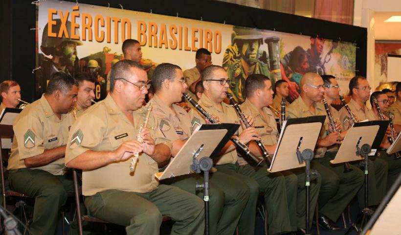 Música e exposição em comemoração à Semana do Exército