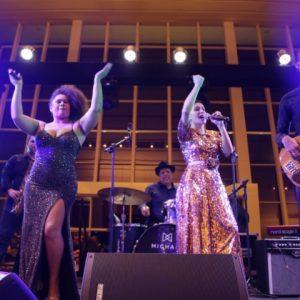 Público vibra durante segundo dia do RioMar Jazz Fest