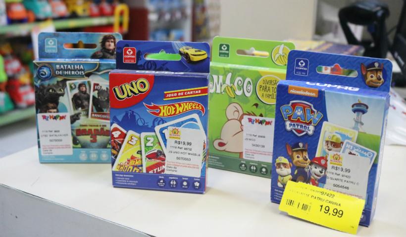 Diversão offline: jogos de cartas para divertir a criançada