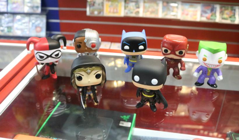 Colecionáveis: super-heróis da DC Comics conquistam as estantes