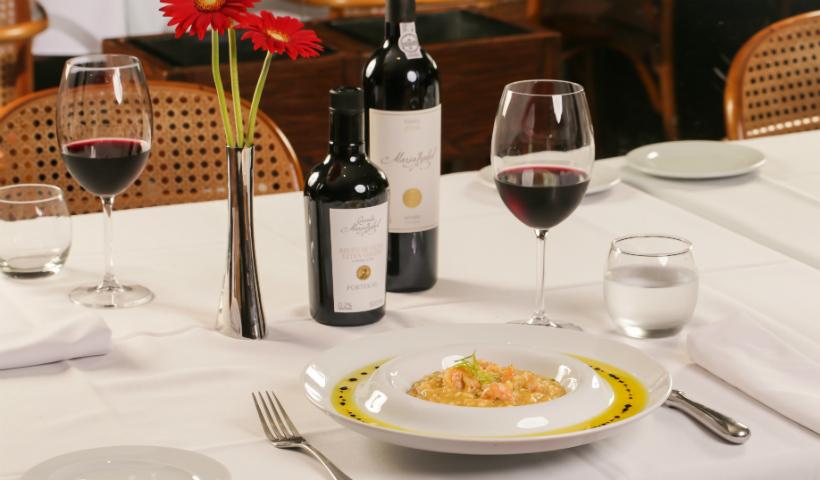 Jantar romântico para o Dia dos Namorados? No RioMar tem!