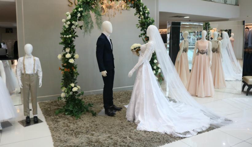 No mês das noivas, aluguel e ajustes de vestidos trazem praticidade