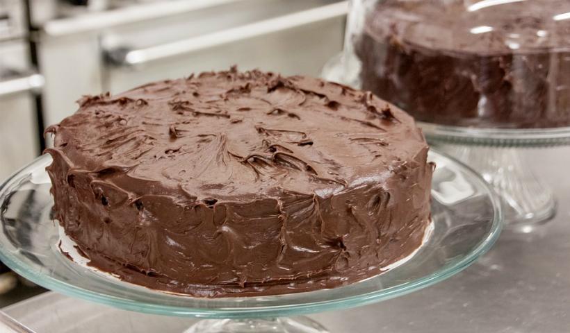 Faça você mesmo um bolo de chocolate para a mamãe