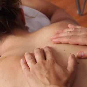 Dia das Mães para relaxar: dicas de massagens para as mamães