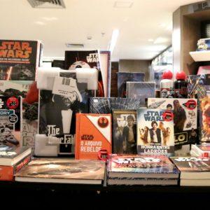 Saraiva expõe espaço exclusivo com produtos Star Wars