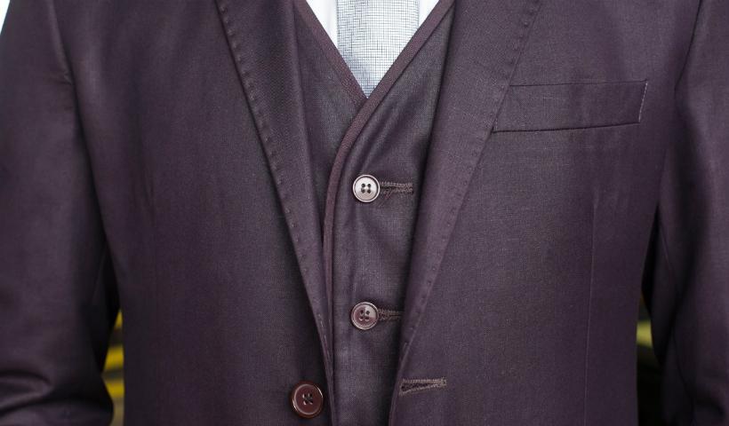 Estilo e sofisticação nos ternos para casamento