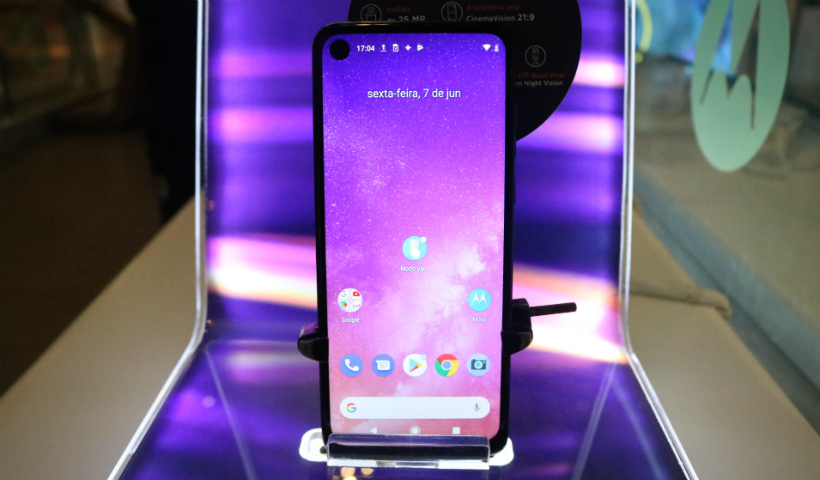 Motorola One Vision chega às lojas do RioMar