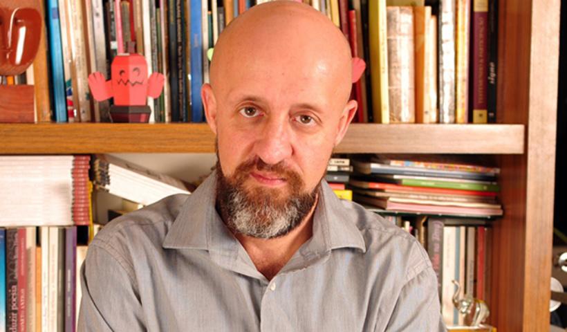 Fabrício Carpinejar lança novo livro na Livraria Saraiva