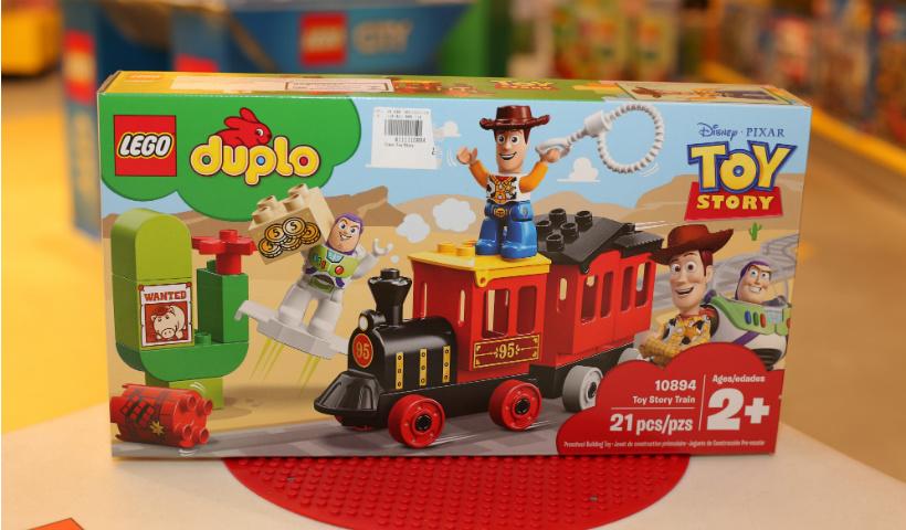 """""""Toy Story 4"""" faz sucesso na loja Lego"""