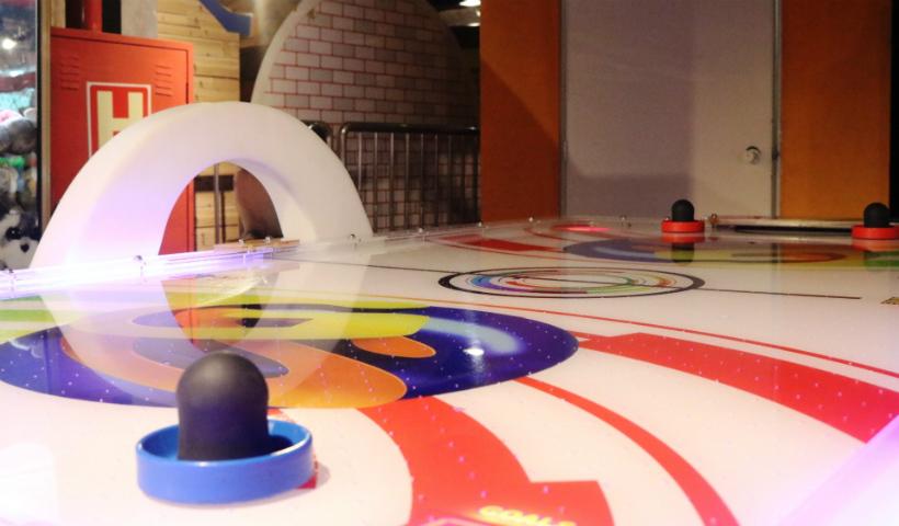 Novidade Game Station: mesa de air hockey para 4 jogadores