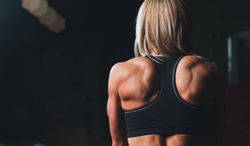 Postura: como manter sua coluna em equilíbrio