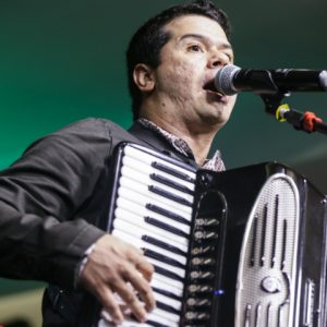 Dudu do Acordeon, João e Genival Lacerda abrem o RioMar Forró e Tradição