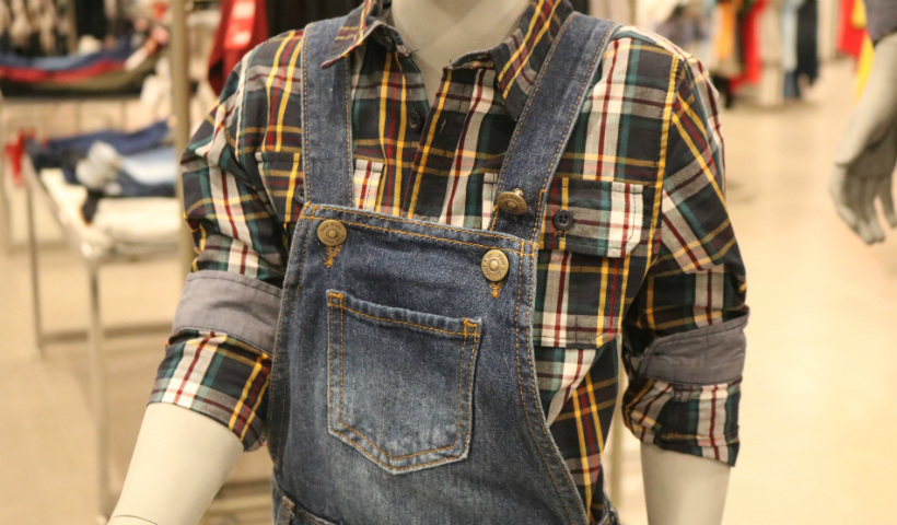 São João: camisas xadrez estilosas para a criançada