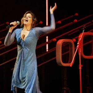 """Teatro RioMar recebe Mariana Santos no musical """"Só de Amor"""""""
