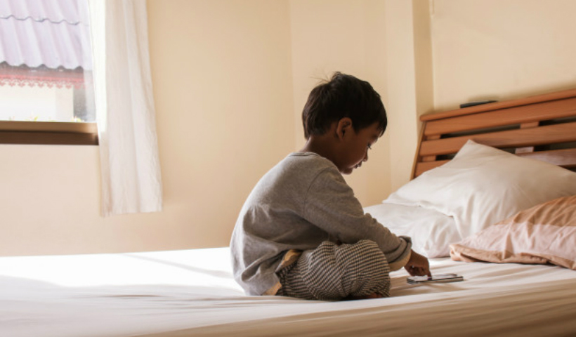 Cuidados com a saúde da visão das crianças nas férias