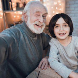 Dia dos Avós na Fiolaser com direito a combo e cortesia especial