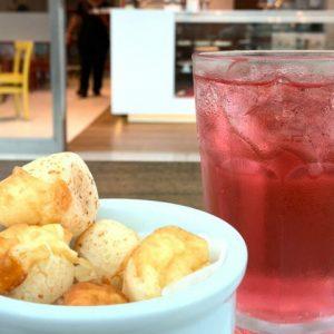 Café Anna Corinna oferece descontos durante o mês das férias