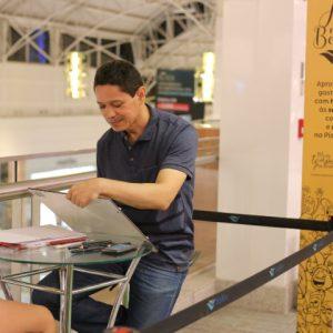 Arte na Praça RioMar oferece lazer e música no fim de semana