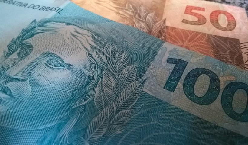Saiba como receber o reembolso do Imposto de Renda
