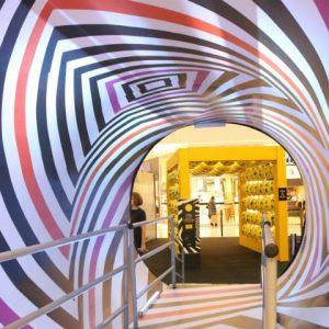 Sensations: Túnel Op Art é um show de luzes