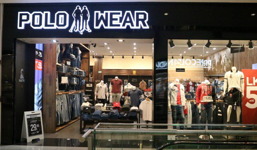 Jeans e camisas polo são destaque na Polo Wear