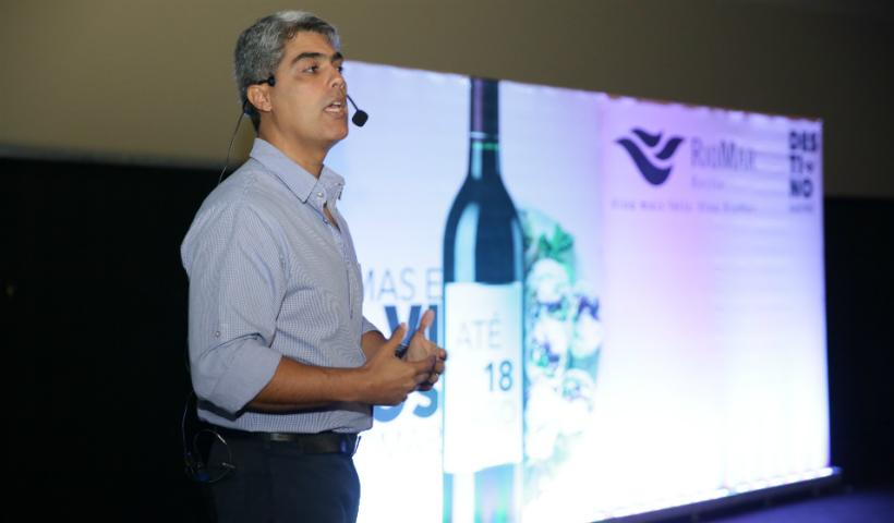 Aromas e Vinhos RioMar: Rafael Puyau dá aula sobre a bebida