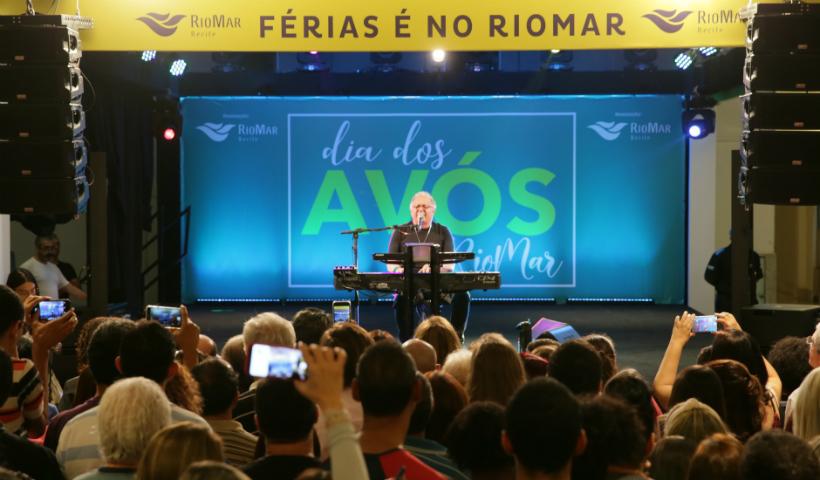 Vídeo: show de Guilherme Arantes no Dia dos Avós RioMar