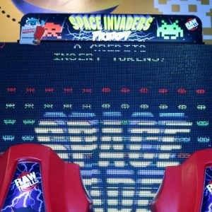 Space Invaders: diversão para todas as idades no Game Station