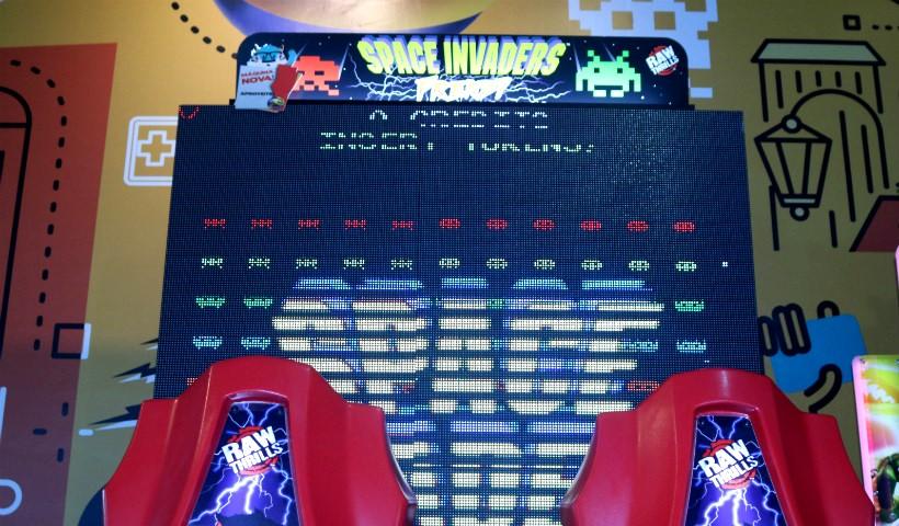 Space Invaders: diversão para todas as idades no Game Station