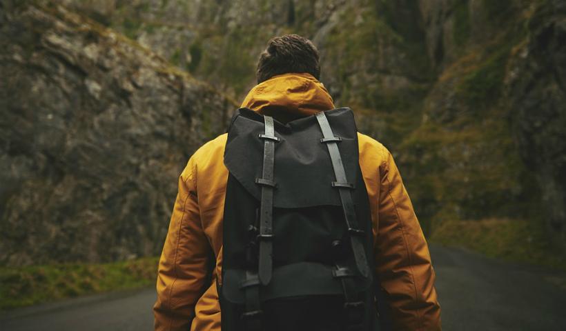 Itens que não podem faltar na mochila do solteiro aventureiro