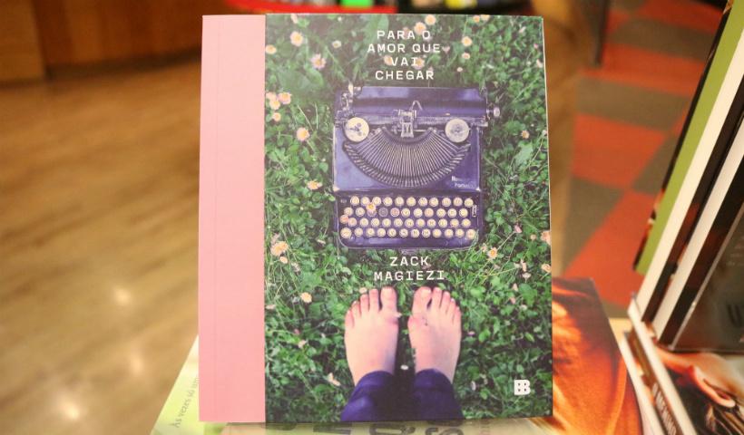 Zack Magiezi lança novo livro na Livraria Cultura