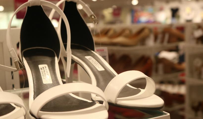 3° peça é grátis para calçados na Marisa