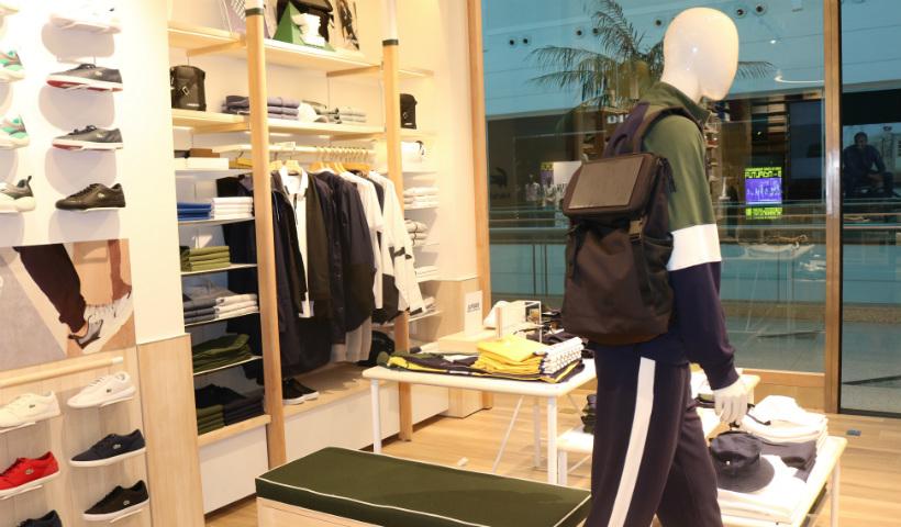 Lacoste inaugura loja no RioMar com novo conceito Le Club