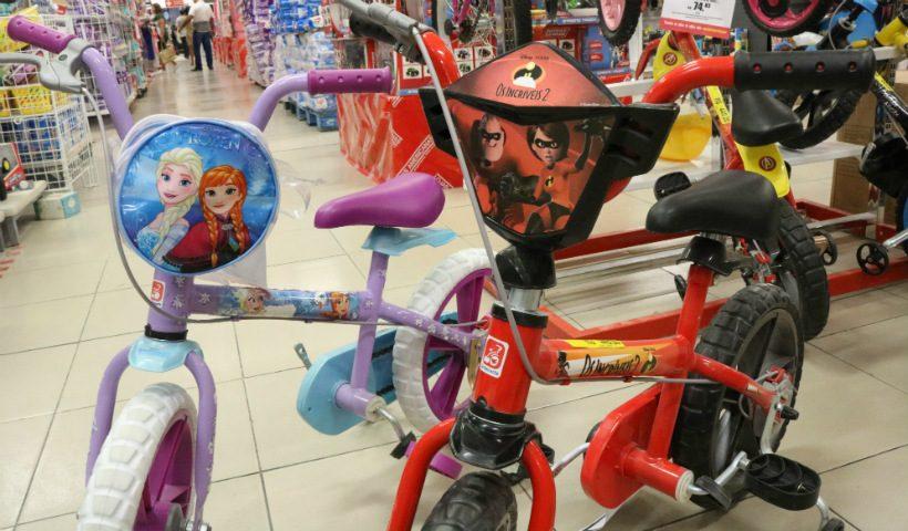 Dia das Crianças: bicicletas fazem a alegria dos pequenos