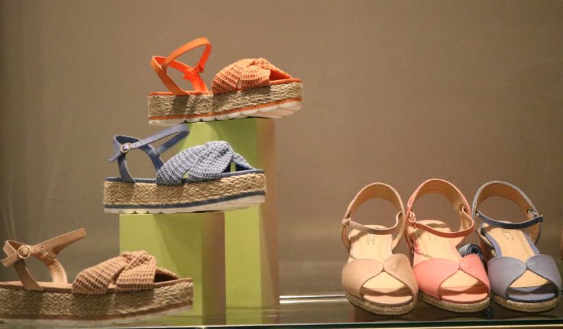 Vem aí a coleção de Alto Verão da Arezzo